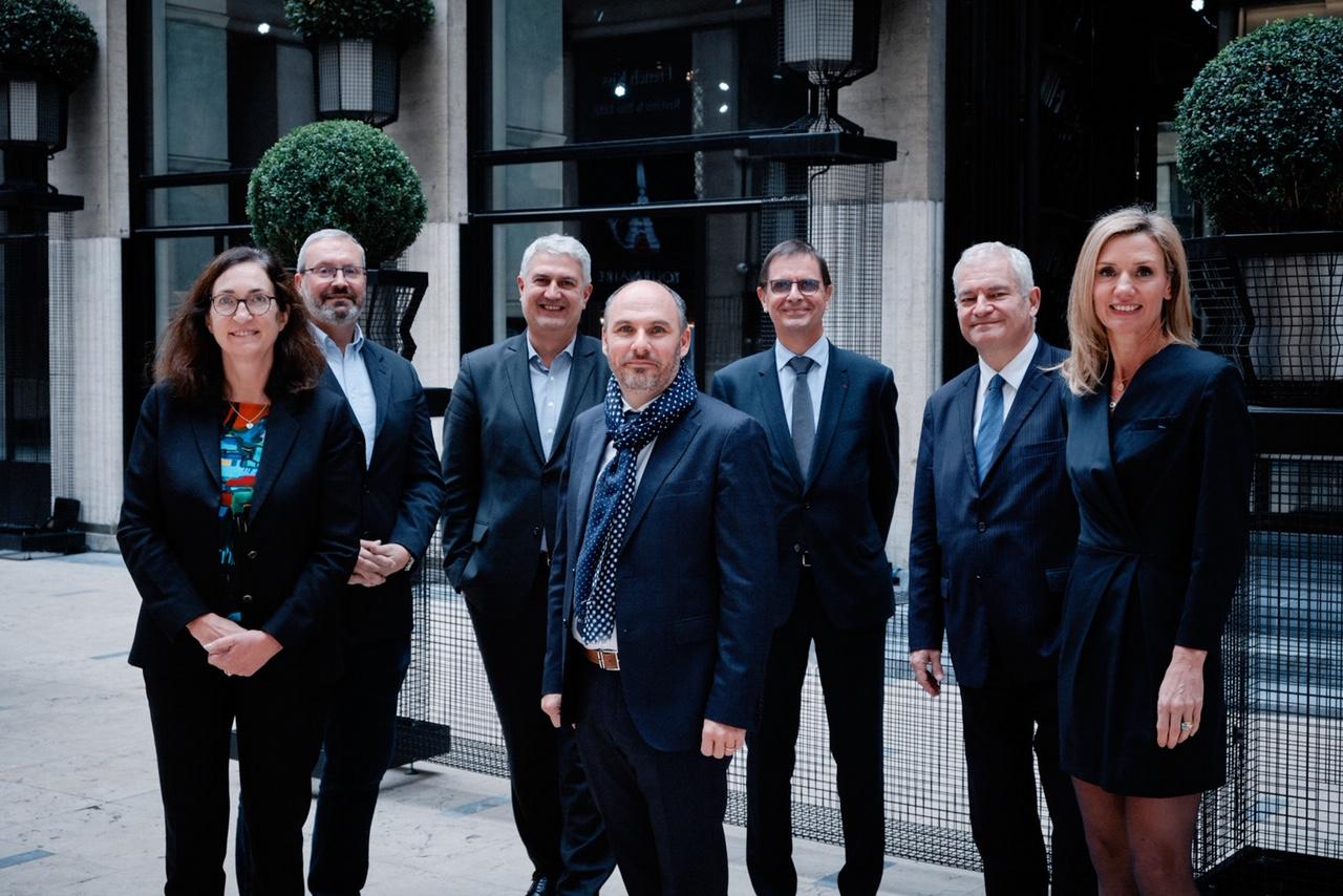 Photo des représentants du nouveau bureau national